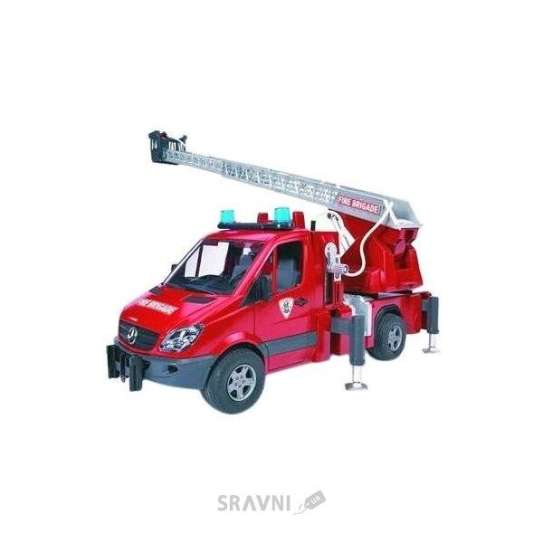 Фото Bruder Пожарный МВ Sprinter с лестницей (2532)