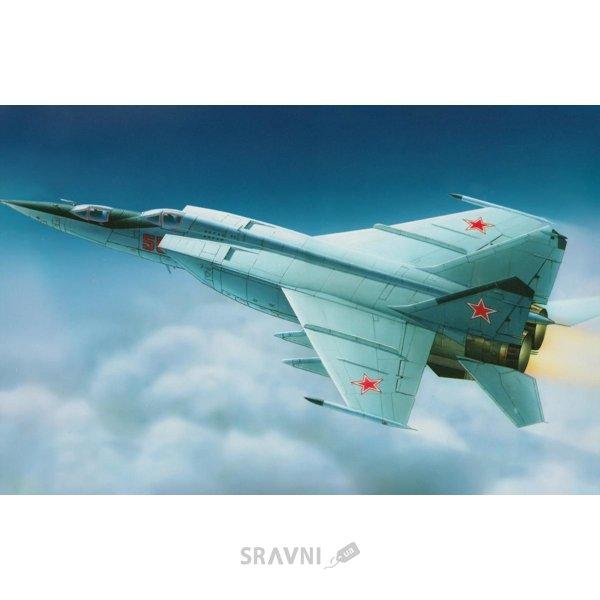 Фото Condor Советский тренировочный штурмовик МиГ-25ПУ KO7213